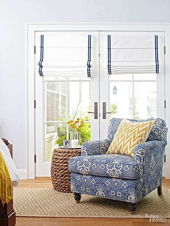 102160664.jpg.rendition.largest - Window Treatments for Complicated Doors